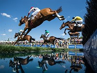 FRAMES Chapter 2: What it's like to shoot the Queen's Cup steeplechase horse race