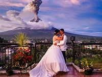 Behind the scenes: The story behind this volcanic eruption wedding photo
