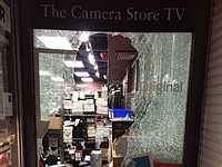 Canada's 'The Camera Store' robbed of $27,200 in high-end camera gear
