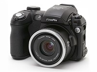 Throwback Thursday: the Fujifilm FinePix S5100 Zoom and all those shiny new compacts