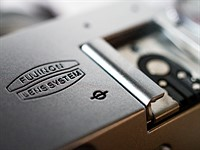 Fujifilm X100F Review