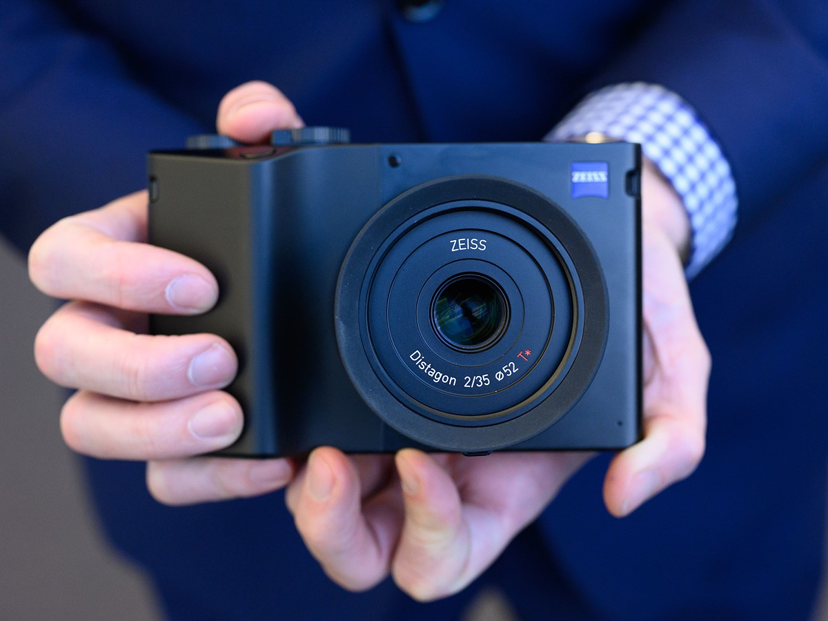 CP+ 2019: Zeiss ZX1 - hands-on with the full-frame Android camera