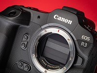 Canon EOS R3's OVF Simulation: What it is and why it matters