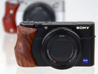 Fotodiox pays 'homage' to Hasselblad Stellar with wooden grip for Sony RX100 series