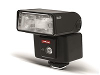 Metz mecablitz M400 compact wireless flash unit now available