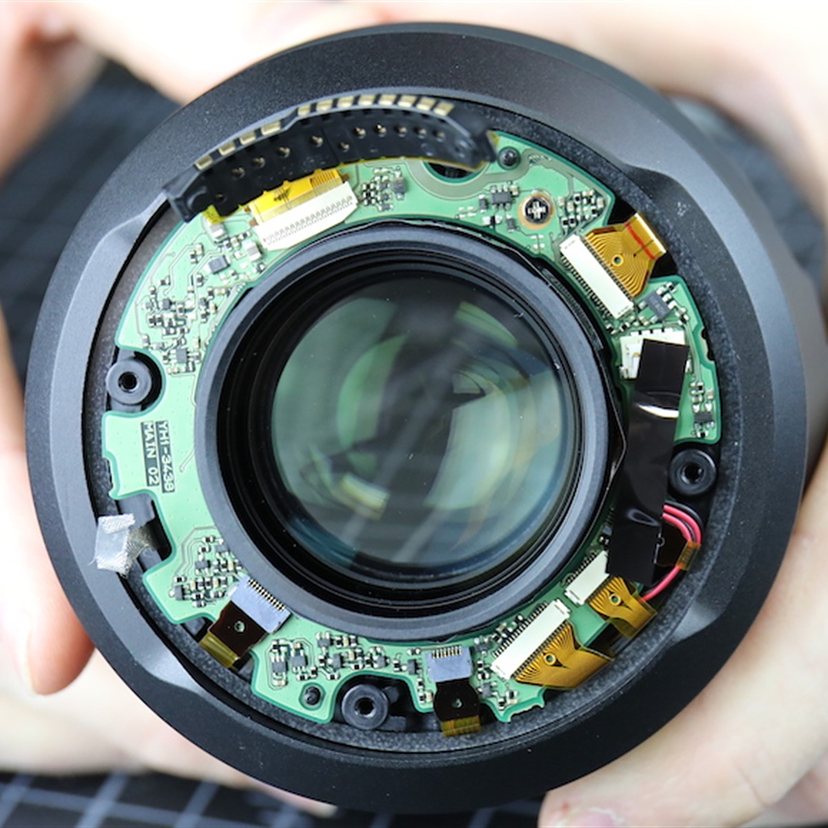 Lensrentals Tears Down Canons 50mm F12 Rf Lens To Reveal New Snap Circuits Repair Haha Bird Optics Tech And Surprises Digital Photography Review