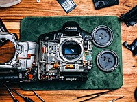 Video: Watch a YouTuber disassemble his Canon 1D X Mark II to see what's inside