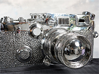 40 kg 'Fake Leica' steel sculpture by Liao Yibai appears on eBay for $100,000