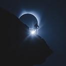 How the viral 'climber eclipse' photos were shot