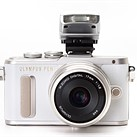 Olympus PEN E-PL8 First Impressions Review