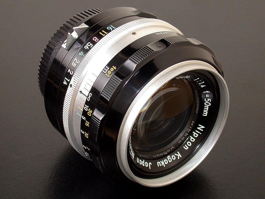 Understanding old Nikon lenses: AI, AI-S, AF and AF-S: Digital
