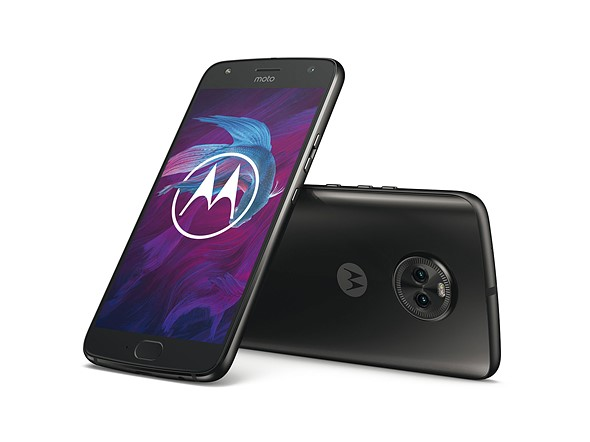 Motorola Moto X4 brings a dual-cam with super-wide-angle to the mid-range segment 1