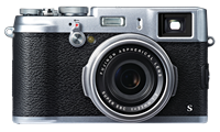 Fujifilm X100S retains retro looks while adding cutting-edge technologies