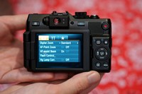 CES 2012: Hands-on with the Canon G1 X and Nikon D4