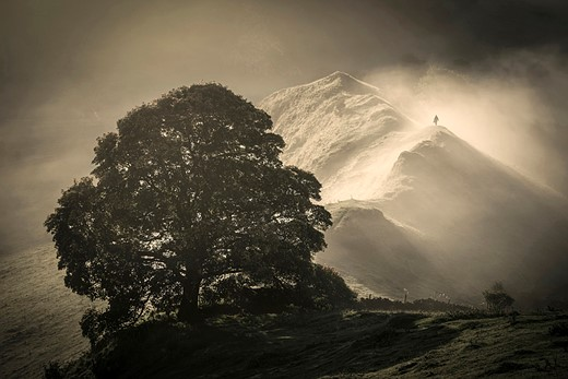 Starling vortex wins £10,000 Landscape Photographer of the Year prize 7