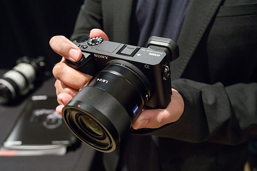 Hands-on and in-depth with the Sony a6500 1