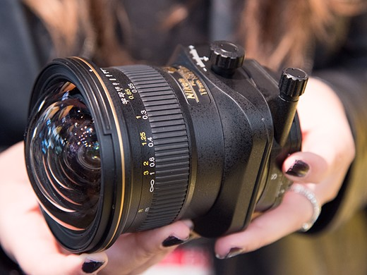 Hands-on with Nikon AF-S Nikkor 70-200mm F2.8E and PC Nikkor 19mm 7