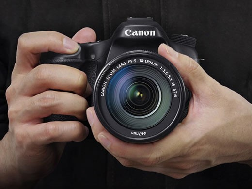 DxOMark tests Canon EOS 70D Dual Pixel AF against the Sony SLT