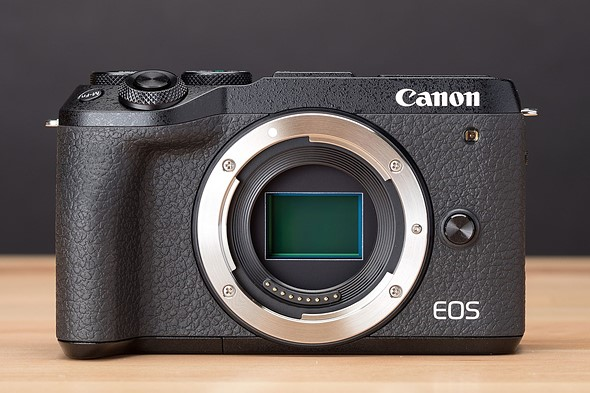 Canon's EOS M6 Mark II finally gets a 24p video mode via new firmware update