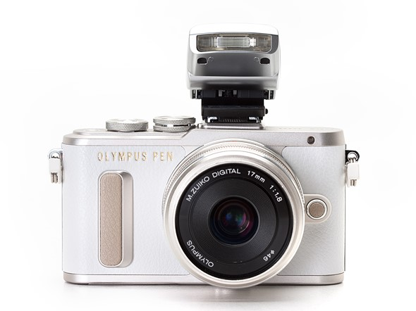 Olympus PEN E-PL8 First Impressions Review 1