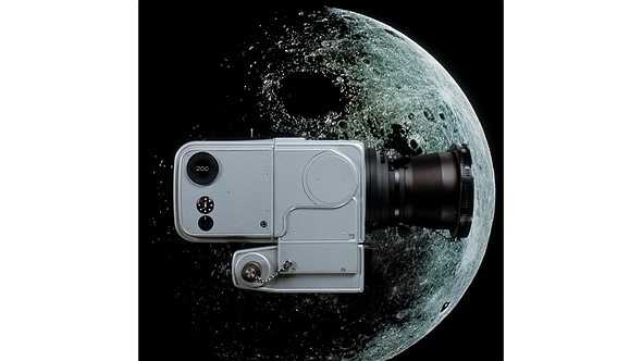 Hasselblad re-issues 1969 press release on moon landing