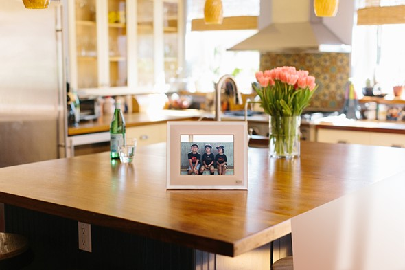 Aura is a next generation digital picture frame 2