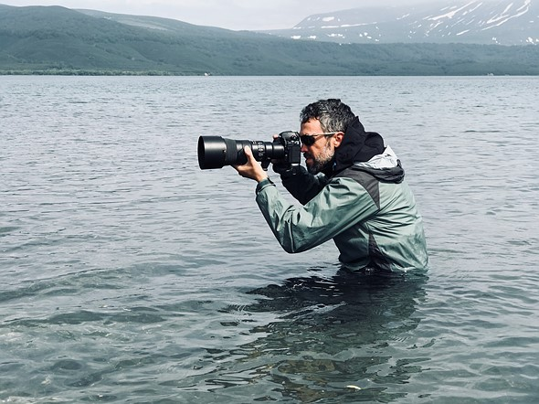 Shooting with Nikon's new 500mm F5 6E PF in Kamchatka