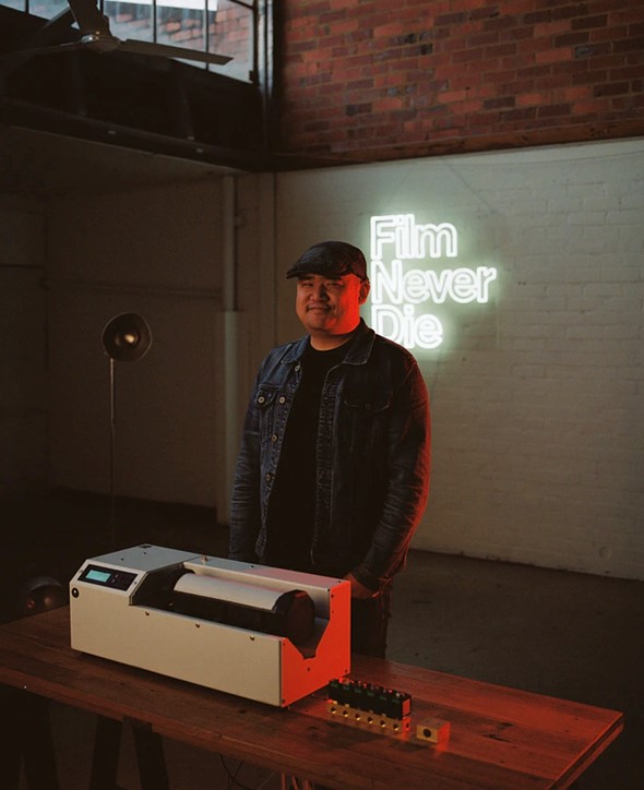 The CP800 is a modular, all-in-one film processing machine from FilmNeverDie:  Digital Photography Review