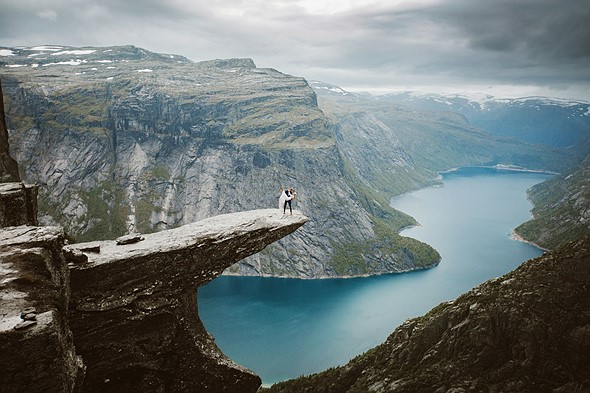 Photo story of the week: A spectacular wedding shoot in Norway