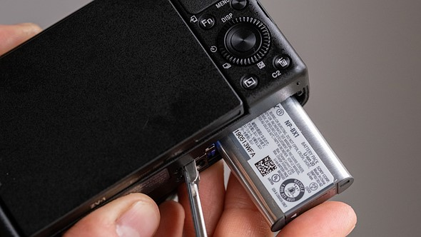 Compared to RX100 V(A)