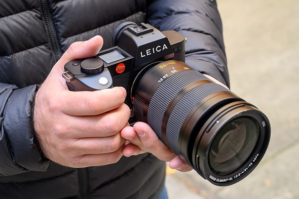 Hands-on with the new Leica SL2