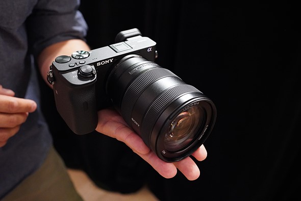 Hands on with the Sony a6600 and a6100: Digital Photography