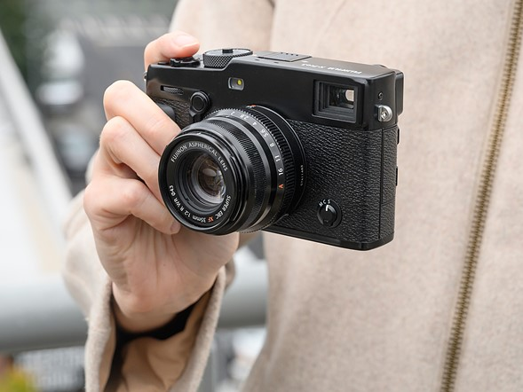 Hands-on with the Fujifilm X-Pro3