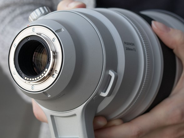 Hands-on with new Fujifilm 200mm F2 and 8-16mm F2.8
