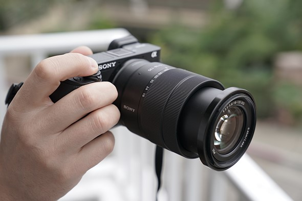 Hands-on with the Sony a6400