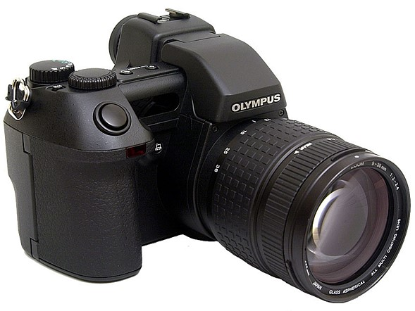 Throwback Thursday: Olympus E-10