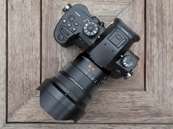 Hands-on with the Panasonic Leica 8-18mm F2.8-4