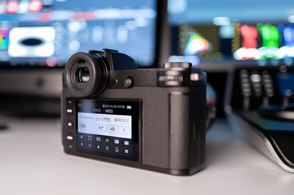 Leica releases major 2.0 firmware update for its SL2-S full-frame camera