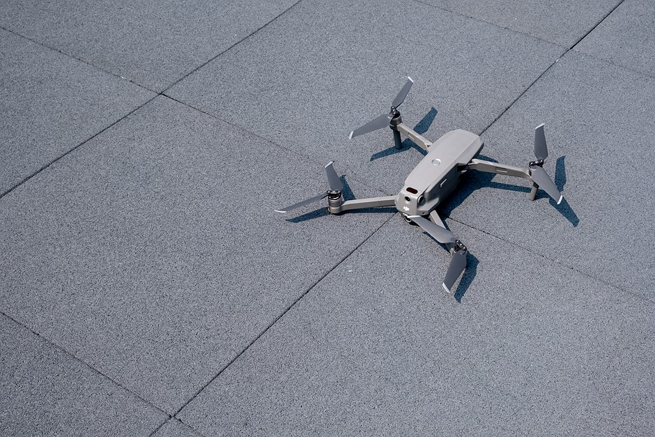 Drone registration and pilot testing will be mandatory in the UK
