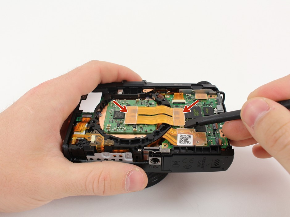 Break it down: iFixit disassembles the Canon PowerShot G1 X Mark II