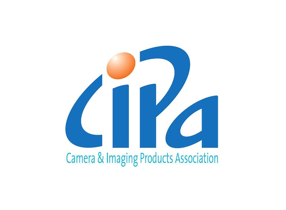CIPA's April 2021 data: Shipments are down, but the average price of camera units is steadily increasing