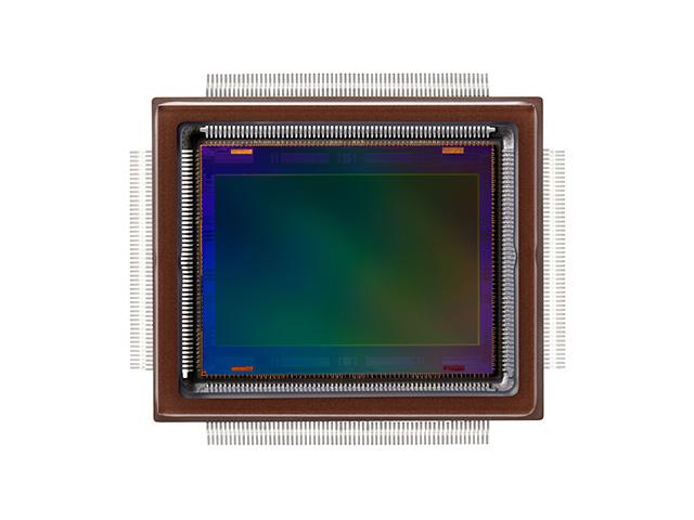 Canon turbo boosts the pixel race with 250-million-pixel APS-H sensor