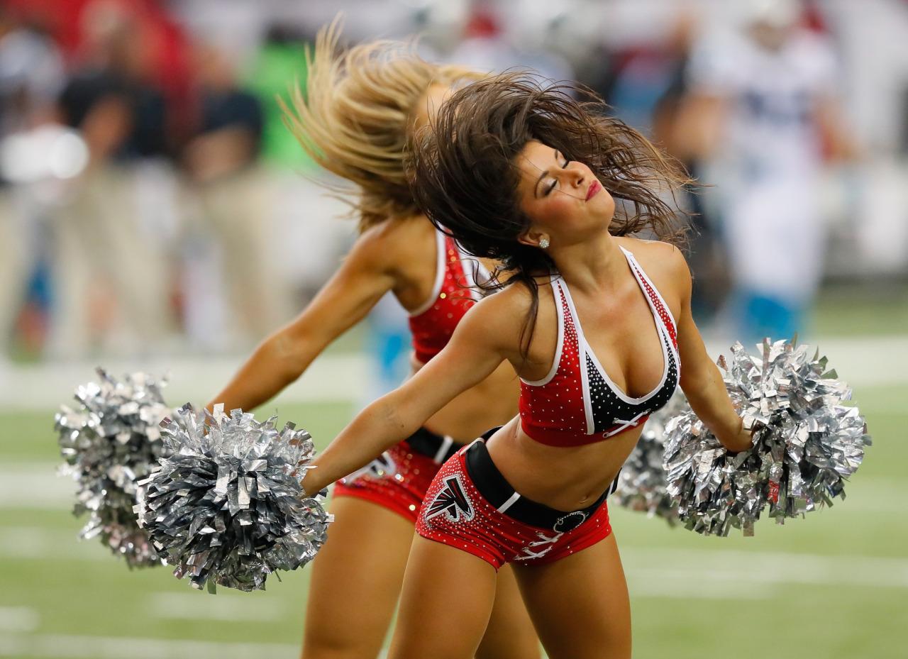 Actual cheerleader upskirt pics