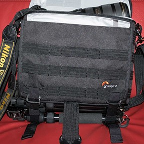 Lowepro ProTactic SH 180 AW - big inside small outside