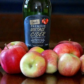 D500 The apple harvest.