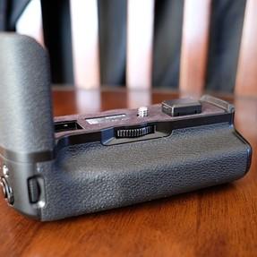 Brand new Fujifilm X-T2 Battery Vertical Power Booster Grip (VPB-XT2)