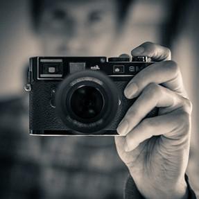 Leica M8.2 - The poor mans X-Pro2
