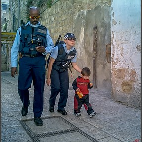 Jerusalem diversity – two Jewish cops and Arab kid
