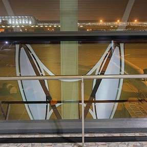 [550D + 24mm] Reflections in Shanghai Pudong Airport