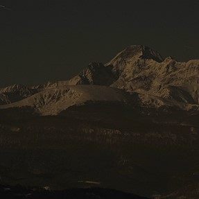P7800: snow-capped Pyrenees in the dark